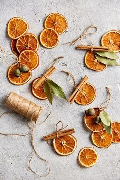 We can't think of anything more festive than the aroma of dehydrated citrus decorations in the air, and for that special touch of Australiana, we have included native eucalyptus gum leaves! Noel Christmas, Christmas Wrapping, Homemade Christmas, All Things Christmas, Winter Christmas, Natural Christmas Ornaments, Diy Ornaments, Christmas Goodies, Navidad Natural