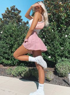 Pink Skirt Outfits, Girly Outfits, Mode Outfits, Retro Outfits, Outfit With Skirt, High Socks Outfits, Teenage Outfits, Teen Fashion Outfits, Fashion Skirts