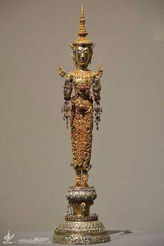 R Standing Buddha Statue, Art Thai, Th 5, Thai House, Buddhist Art, Asian Art, Antiques, Artwork, Idol
