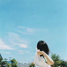 untitled- Rinko Kawauchi - Pictify - your social art network Asian Photography, Japanese Photography, Color Photography, Martin Munkacsi, Ralph Gibson, Walker Evans, Stephen Shore, Diane Arbus, Robert Frank