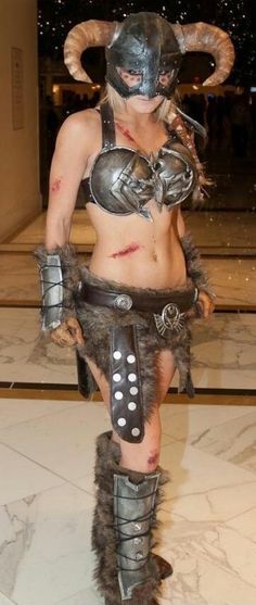 Skyrim Cosplay done right!