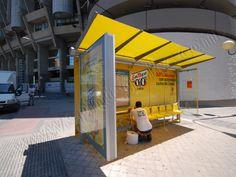 Mobiliario Urbano Espectacular | SP Integrales Rotulación y modificación de parada de bus para publicidad