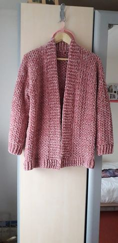 FREE: Simple cardigan by Dineke Gouw Kok - - Make this easy and simple crochet cardigan with my free crochet pattern for beginners, available in size S up to (including helpful video tutorial). Easy Crochet, Free Crochet, Knit Crochet, Double Crochet, Crochet Stitches, Crochet Sweaters, Crochet Shawl, Crochet Sweater Design, Crochet Jacket