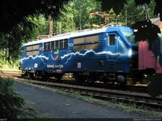 https://flic.kr/p/PoL9RK | Duhovka_161_6180 | Reklamní lokomotiva ČD - Duhovka 151.001