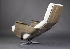 Lounge chair from Plywood By Ricardo GM 1