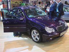 2007 Mercedes Benz C200 Kompressor Avant-garde (My second car)