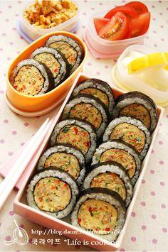 Very simple tuna egg roll gimp - Recipe Bento Recipes, Cooking Recipes, Healthy Recipes, Food Business Ideas, Tuna And Egg, Kimbap, I Want Food, Korean Food, Food Menu