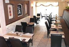 """Peppers in Gangelt:  Burgers, Schnitzel and Kids Menu. Tip from the local Facebook community: """"Peppers is great, but make sure you call ahead and reserve a high chair if you need one, they only have one!"""" http://www.peppers-gangelt.de"""