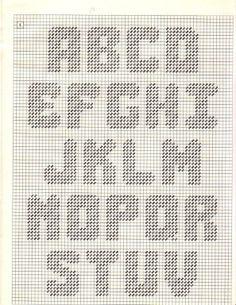 Alphabet Letters 4 Plastic Canvas Letters, Plastic Canvas Stitches, Plastic Canvas Crafts, Cross Stitch Letters, Beaded Cross Stitch, Letter Patterns, Canvas Patterns, Alpha Patterns, Alphabet Charts