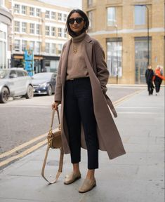 25 Cool fashion looks for this season Basic Outfits, Casual Fall Outfits, Winter Fashion Outfits, Look Fashion, Autumn Winter Fashion, Minimal Outfit, Minimal Fashion, Minimalist Winter Outfit, My Style