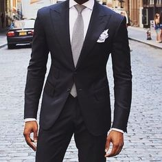 Formal Look - Black Suit x White Shirt x Silver Tie x White Pocket Sqare