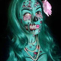 Inspiration & Accessoires: Pop Art Zombie Kostüm Make Up selber machen Zombie Make Up, Pop Art Zombie, Arte Zombie, Pop Art Makeup, Face Paint Makeup, Makeup Ideas, Cosplay Makeup, Costume Makeup, Sfx Makeup