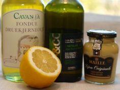 Hjemmelaget majones eller aïoli - godt tilbehør til reker » TRINEs MATBLOGG Aioli, Fondue, Shampoo, Food And Drink, Favorite Recipes, Personal Care, Drinks, Bottle, Malta