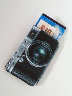 Retro Camera Card Holder £11