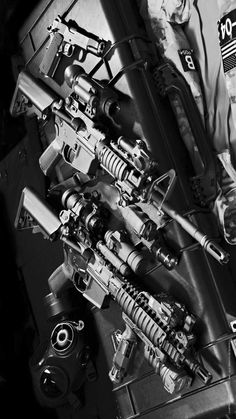 Build Your Sick Custom Assault Rifle Firearm With This Web Interactive Firearm Gun Builder with ALL the Industry Parts - See it yourself before you buy any parts Military Weapons, Weapons Guns, Guns And Ammo, M4a1 Rifle, Assault Rifle, Armas Ninja, Custom Guns, Custom Ar, Army Wallpaper