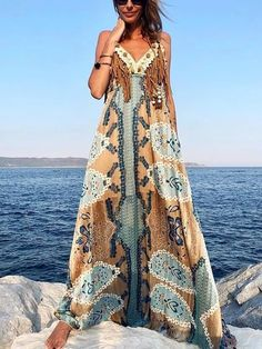 Bohemian maxi dress, boho style clothing, boho-chic clothes, gypsy summer long dress on boho boutique Backless Maxi Dresses, Maxi Dress With Sleeves, Long Dresses, Sleeveless Dresses, Dresses Dresses, Estilo Hippy, Chiffon Maxi, Vacation Dresses, Casual Summer Dresses