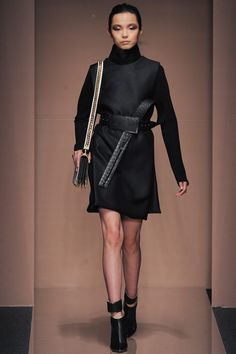 Gianfranco Ferré Fall 2013 Ready-to-Wear Collection Slideshow on Style.com