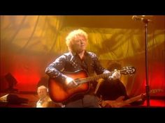 Simply Red - Holding Back The Years (Live at Royal Albert Hall Theatre)