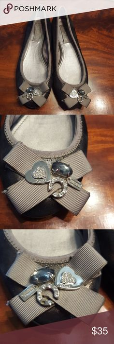 Coach poppy Flats Size 91/2B sparkly gray Metallic Gray flats with jewels on the toes with small coach logo in great condition no tears they look great. coach poppy Shoes Flats & Loafers