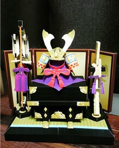 naoko72705様より 兜飾り➡️https://goo.gl/QznSzv  幼なじみが立派な兜を作ってくれた とても紙とは思えない!! 凄いクオリティ❤  嬉しいなー #端午の節句 #兜飾り #男の子 #こどもの日 #五月人形