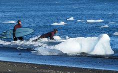 iceland-surfers