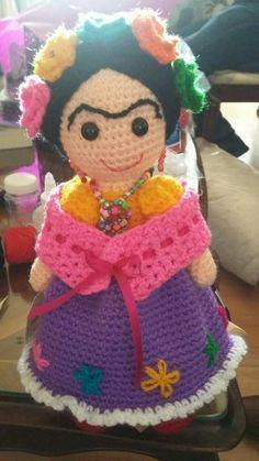 I love all the Frida dolls!