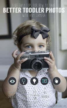5 Easy Tips for Better Toddler Photos with any camera Photography Settings, Photography Camera, Photography 101, Photography Tutorials, Children Photography, Toddler Photography Tips, Toddler Poses, Toddler Portraits, Learn Photography Online