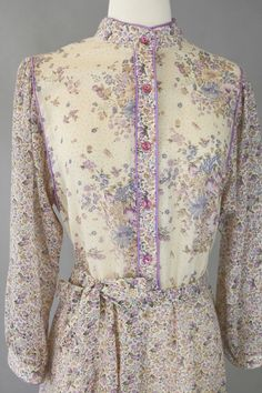 Boho Chic Vintage 70s Lavender Cream Floral Folk by RIPandROSE