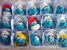 Smurfs cake balls -- I love these! You could even make cupcakes that look like Smurfs! Cake Pops, Pretty Cakes, Cute Cakes, Cake Central, Character Cakes, Cake Toppings, Sugar Art, Cupcake Cookies, Fun Cupcakes