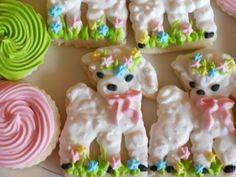 Adorable lamb cookies!