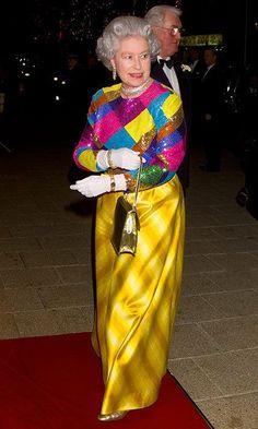 Queen Elizabeth's 90th birthday: 150 of her favorite outfits to go on display Princesa Elizabeth, Princesa Kate, Elizabeth Queen Of England, Queen Elizabeth Ii, Reine Victoria, Queen Victoria, Royal Queen, King Queen, Estilo Jackie Kennedy