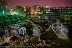 Falls Park in Greenville, SC // yeahTHATgreenville