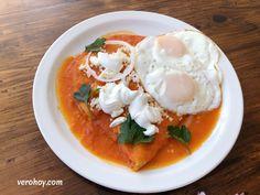 Receta de Entomatadas Estilo Oaxaca - Vero Hoy Enchiladas, Oaxaca Food, Mexican Breakfast, Queso Fresco, Mexican Food Recipes, Ethnic Recipes, Diabetes, Curry, Cooking Recipes