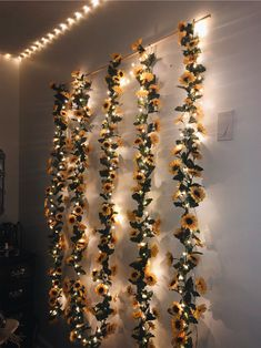 ❌❌SELLING THIS❌❌DM me on insta if interested Sun flower hanging wall decors, green garland, bohemian, yellow aesthetic Bedroom ideas Sunflower wall decor Cute Room Ideas, Cute Room Decor, Room Wall Decor, Yellow Room Decor, Flower Room Decor, Room Decoration With Flowers, Yellow Rooms, Teen Room Decor, Room Decor With Lights