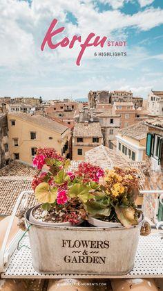 Korfu Griechenland • Ein Tag in Korfu Stadt: Wir stellen dir die schönsten Sehenswürdigkeiten und besten Highlights der Hauptstadt von Korfu vor. Dazu bekommst du wertvolle Tipps für deinen Korfu Urlaub, sowie alle Infos für eine Reise nach Griechenland. Mehr Infos gibt es auf unserem Blog greece-moments.com