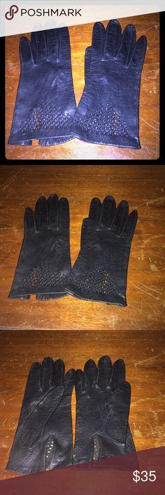 Stunning black leather vintage gloves! Excellent condition! Genuine leather. Vintage. Stunning! Vintage Accessories Gloves & Mittens