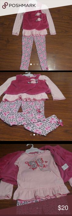 Girls 3 piece set Includes vest, pants and shirt Matching Sets