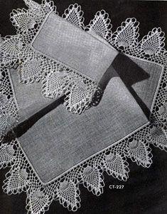 Crochet Edging And Borders Pineapple Edging crochet pattern from Fine Crochet and Tatting, originally published by Coats Vintage Crochet Patterns, Doily Patterns, Easy Crochet Patterns, Craft Patterns, Crochet Stitches, Crochet Edgings, Crochet Ideas, Crochet Home, Crochet Trim
