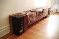 Ultimate Record Player Console. When I get my own place, and get well established, this is what I'll get!