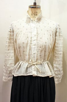 1900'S~ PRINTED COTTON PLEATED BLOUSE (WHT/BRN/GRY) - PATINAS VINTAGE CLOSET