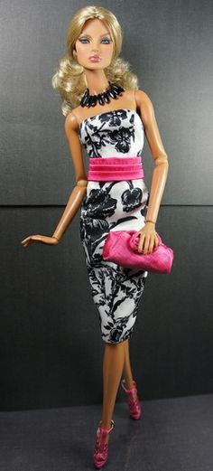 wouldn't it be great if they could make life-size barbie clothes for women? I know I'd be wearing a lot of stuff :)