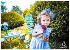 Sedinte foto copii ,Alice Wonderland #alicewonderland #sedintefotocopii #kidsphotosession #studiofoto #sedintefoto #fotocopii Photo Sessions, Alice In Wonderland, Lily Pulitzer, Kids, Young Children, Boys, Children, Boy Babies, Child