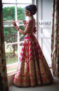 Indian Bride in Red Gold Wedding Lehenga. Wedding Lehnga, Indian Bridal Lehenga, Indian Bridal Outfits, Indian Bridal Wear, Wedding Attire, Indian Dresses, Bridal Dresses, Dress Wedding, Bollywood