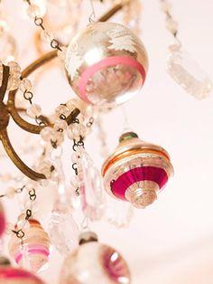 merry & bright christmas decoration in glittery pink - Decoraciones de Navidad rosa plata