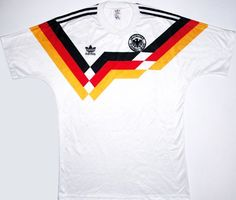 Classic Football Shirts : retro vintage soccer jerseys