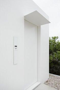 minimalist japanese house via jonathan savoie —  explore our parcels of elevated essentials for minimalist design enthusiasts @ minimalism.co