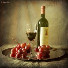 https://flic.kr/p/dzaqHn | Still Life & Red Wine | Texture by SkeletalMess