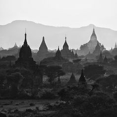 Temples of Bagan by Julian Kaesler, via Flickr
