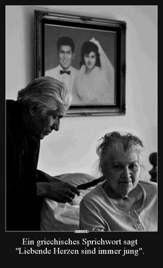 Growing old is a privilege. Growing old together - a blessing. Old Love, Real Love, Love Is Sweet, Just Love, Vieux Couples, Old Couples, Cute Couples, Elderly Couples, Grow Old With Me