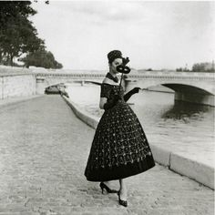 Dior | photo Willy Maywald
